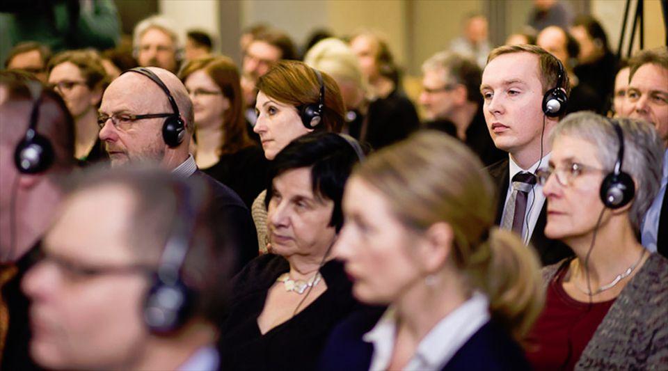 Podiumsdiskussion zum Thema Grenzidentitäten